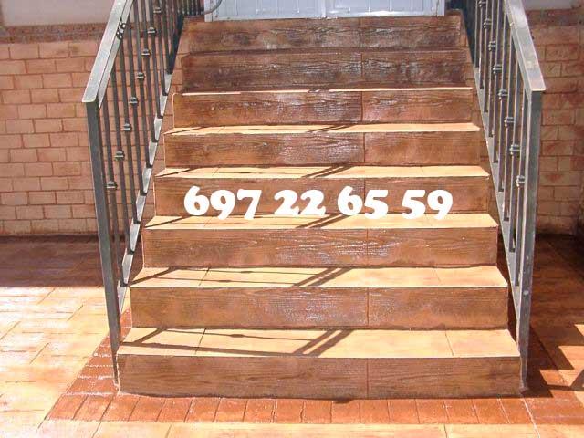Hormigón impreso Alcobendas Madrid patio y escalera