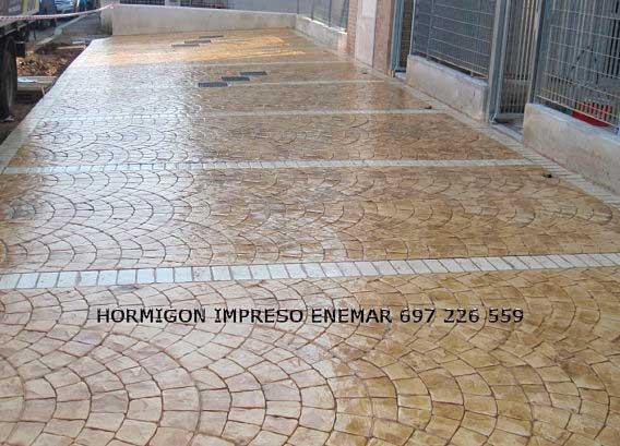 Hormigón impreso Hoyo de Manzanares Madrid adoquin abanico