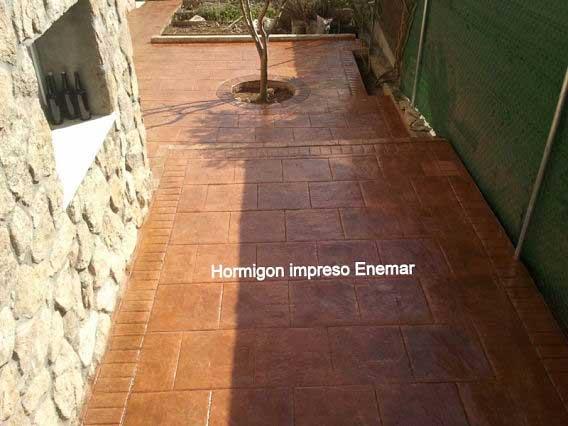 Hormigón impreso Villanueva de Perales Madrid acabado piedra inglesa