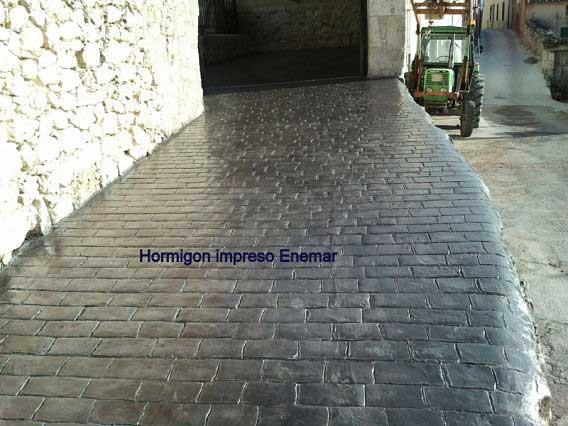 Hormigón impreso Becerril de la Sierra Madrid entrada garaje