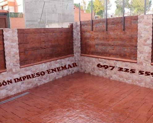 Hormigón impreso vertical en paredes